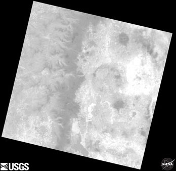 "LandsatLook ""Thermal"" Image of Landsat 8 Path 45 Row 30 Acquired April 23, 2013"